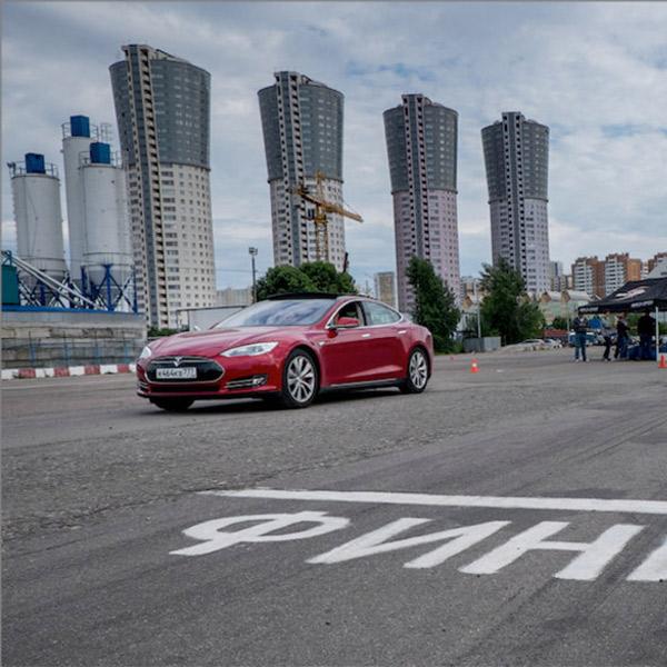 Tesla, Mail.ru, электрокар, авто, Как купить электромобиль Tesla в России, если у вас есть лишние 6,5 миллионов рублей
