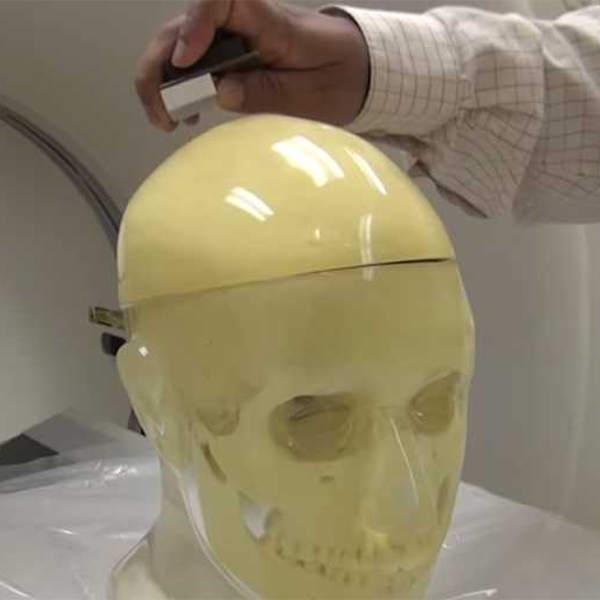 мозг,медицина, General Electric разрабатывает гарнитуру, которая сможет заглянуть внутрь вашей головы