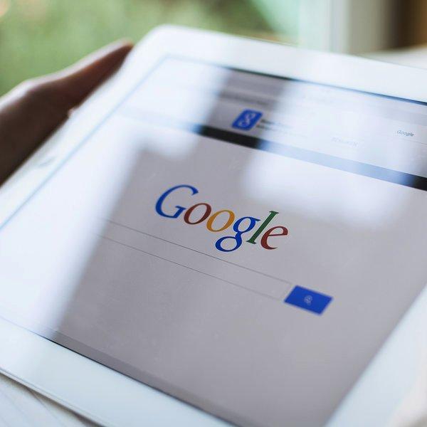 Google,PC,соцсети,общество,путешествия,отдых,туризм, Голосовой поиск Google стал лучше понимать запросы пользователей