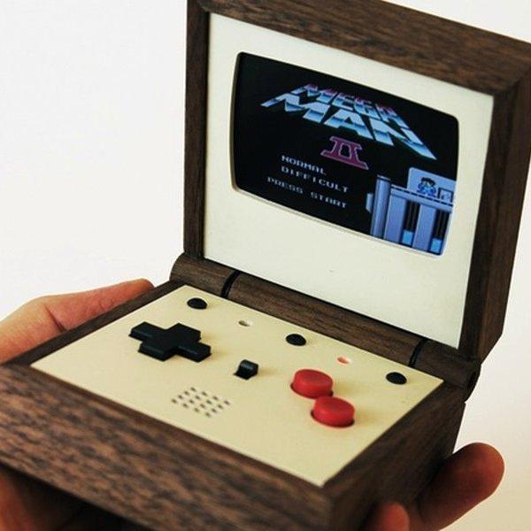 Kickstarter,идея,концепт,дизайн,консоль,игра,игры,поп-культура, Pixel Vision Console: шведский дизайнер изготовил деревянную консоль в ретро-стиле