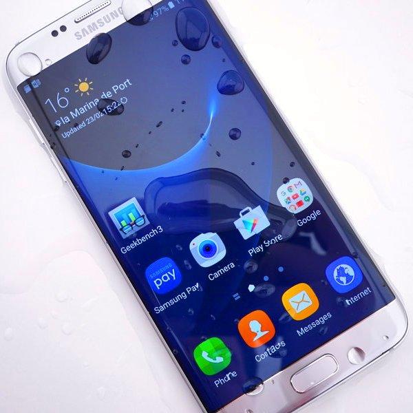 Samsung, LG, Apple, «Невероятные фаблеты»: лучшие смартфоны с большим экраном